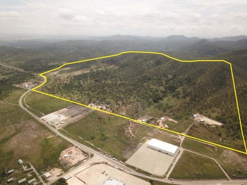 S7158 - Huge land for sale - BAH