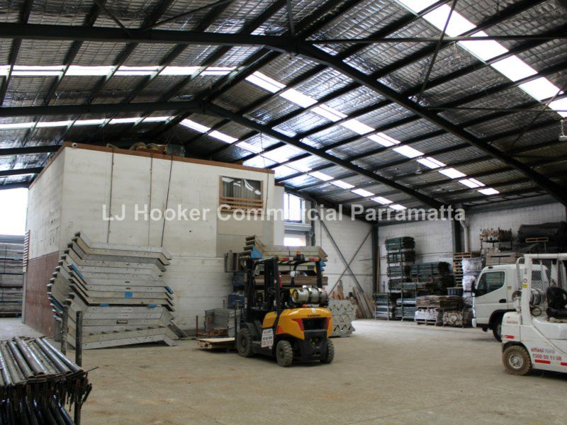 Freestanding Warehouse on 1,336sqm Site