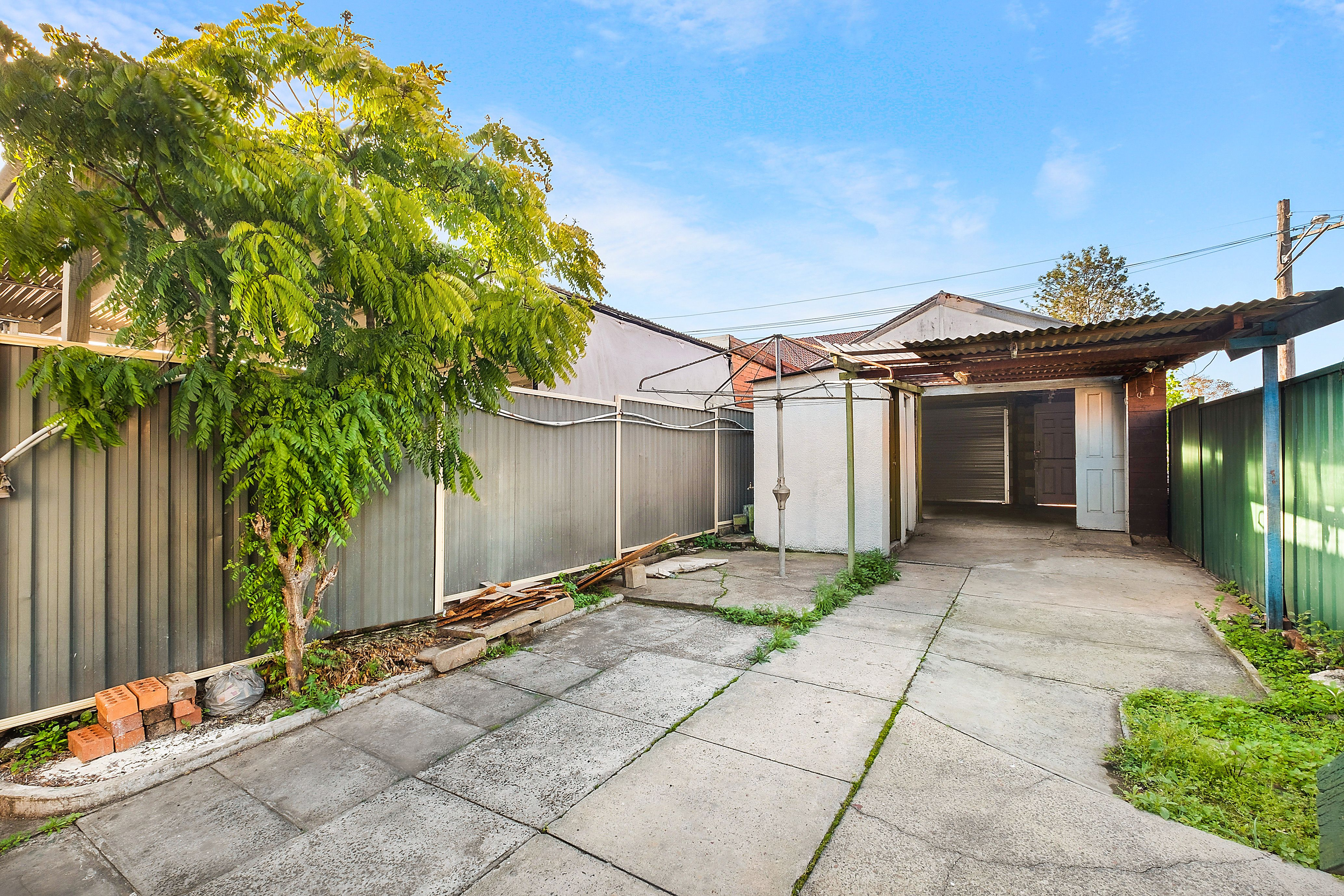 17 Breust Place, Punchbowl NSW 2196