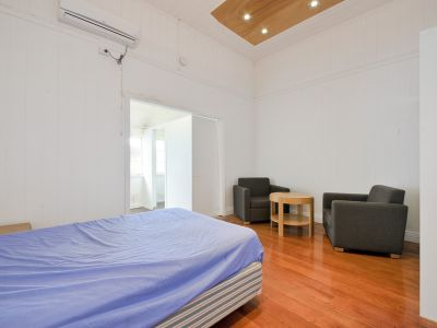 Semi-Furnished or Unfurnished Studio Unit - AVAILABLE NOW!