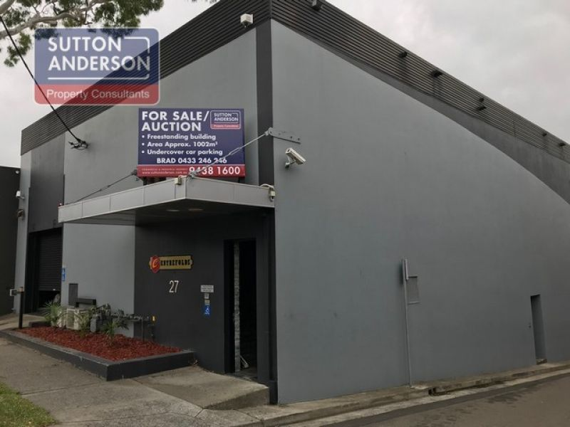 PRE-AUCTION Freestanding Office/Showroom/Industrial Building For Sale
