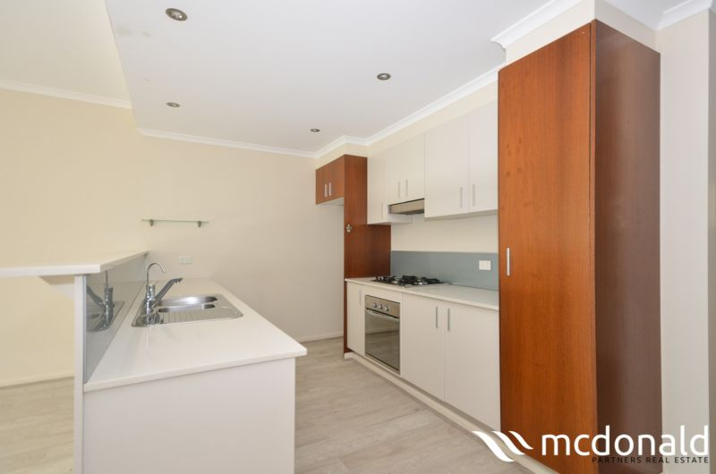 Modern & Light-Filled 3 Bed Unit that offers Expansive Views over Botany Bay