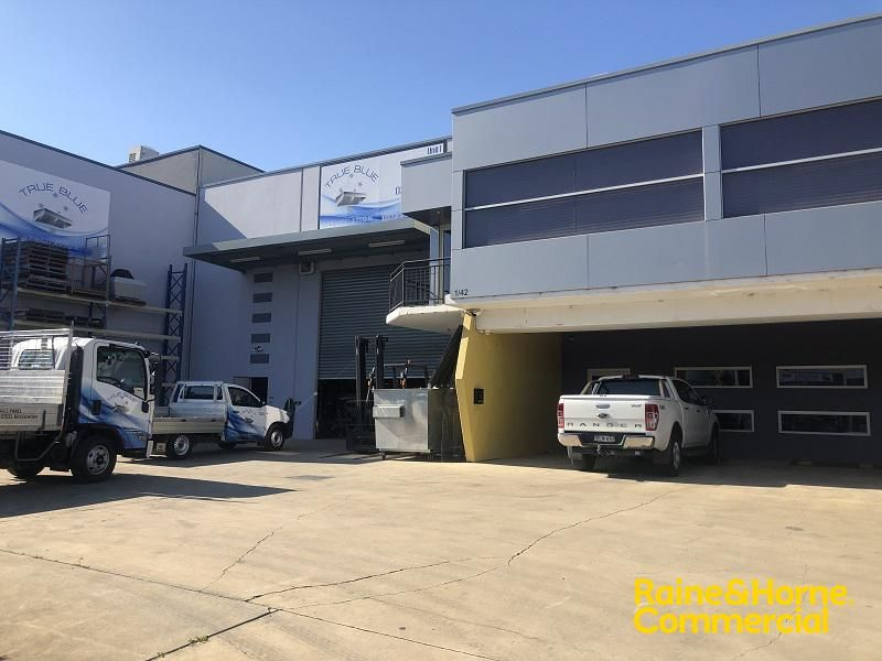 665m² Warehouse & Office on Dunn Road