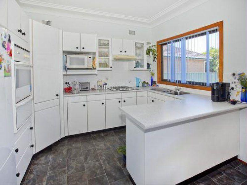 5 Henrietta Street, Towradgi NSW
