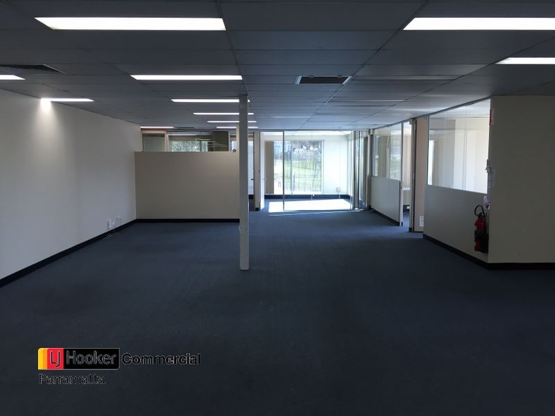 PROSPECT NSW  |  Office / Showroom Space  |  854 sqm