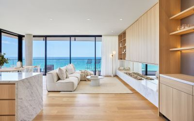 ABSOLUTE BEACHFRONT RESIDENCE BRAND-NEW CUTTING EDGE DESIGN