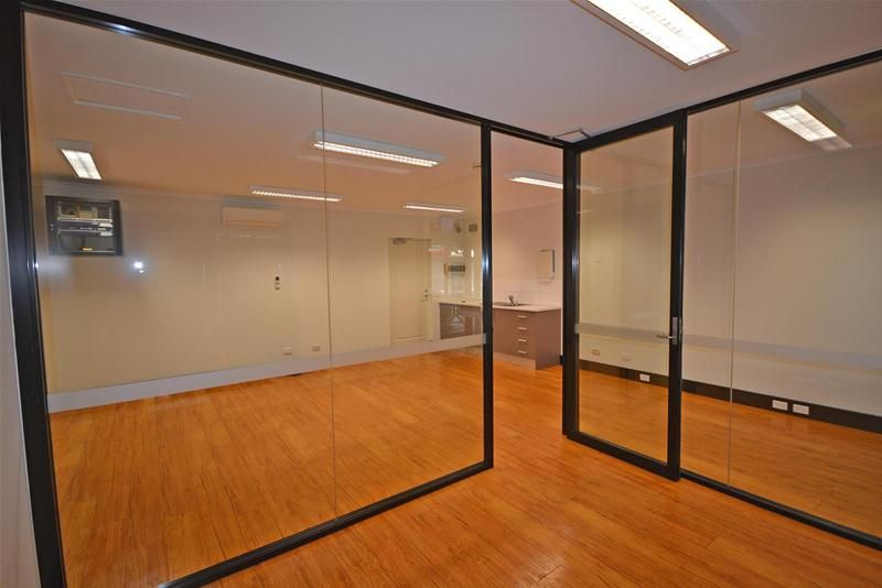 Office Space in Shiba Lane