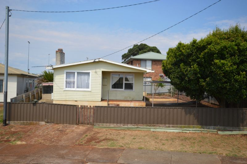 VENDORS DESPERATE TO SELL ALL OFFERS CONSIDERED, SUIT INVESTORS OR FIRST HOME BUYERS ETC