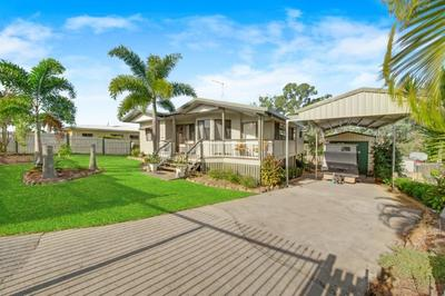 Renovated, Shed and parkland as your neighbour!