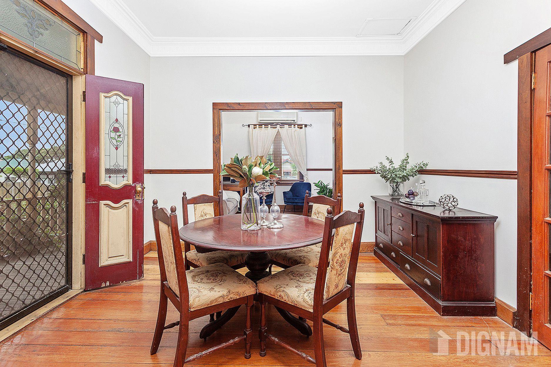 42 Mountain Avenue, Woonona NSW