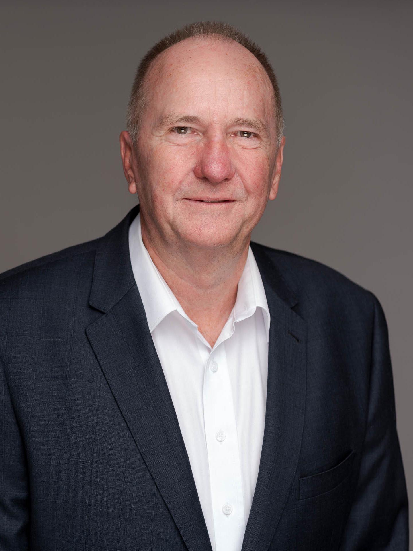 Roy Humphreys Real Estate Agent