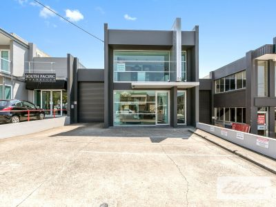 RARE FITTED OFFICE IN JAMES STREET PRECINCT!