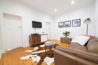 DEPOSIT TAKEN - 2 Bed Apartment in the heart of Potts Point Village!