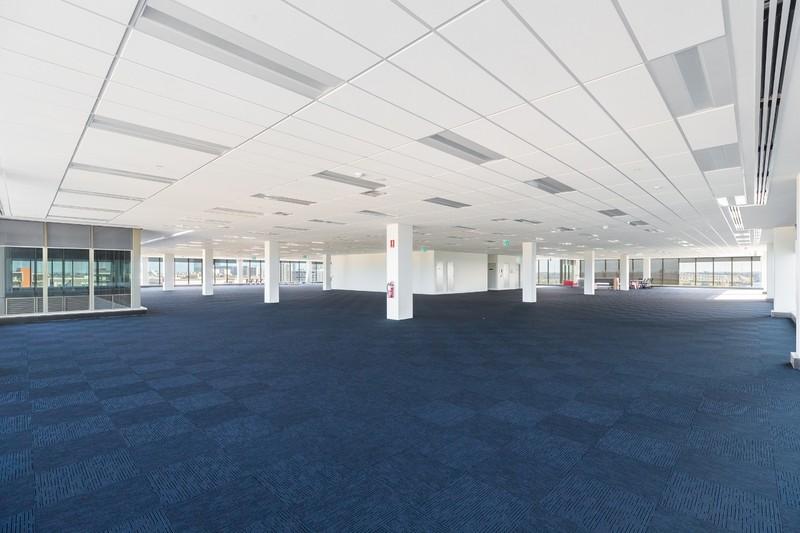 A GRADE OFFICE BUILDING - LAST FULL FLOOR REMAINING