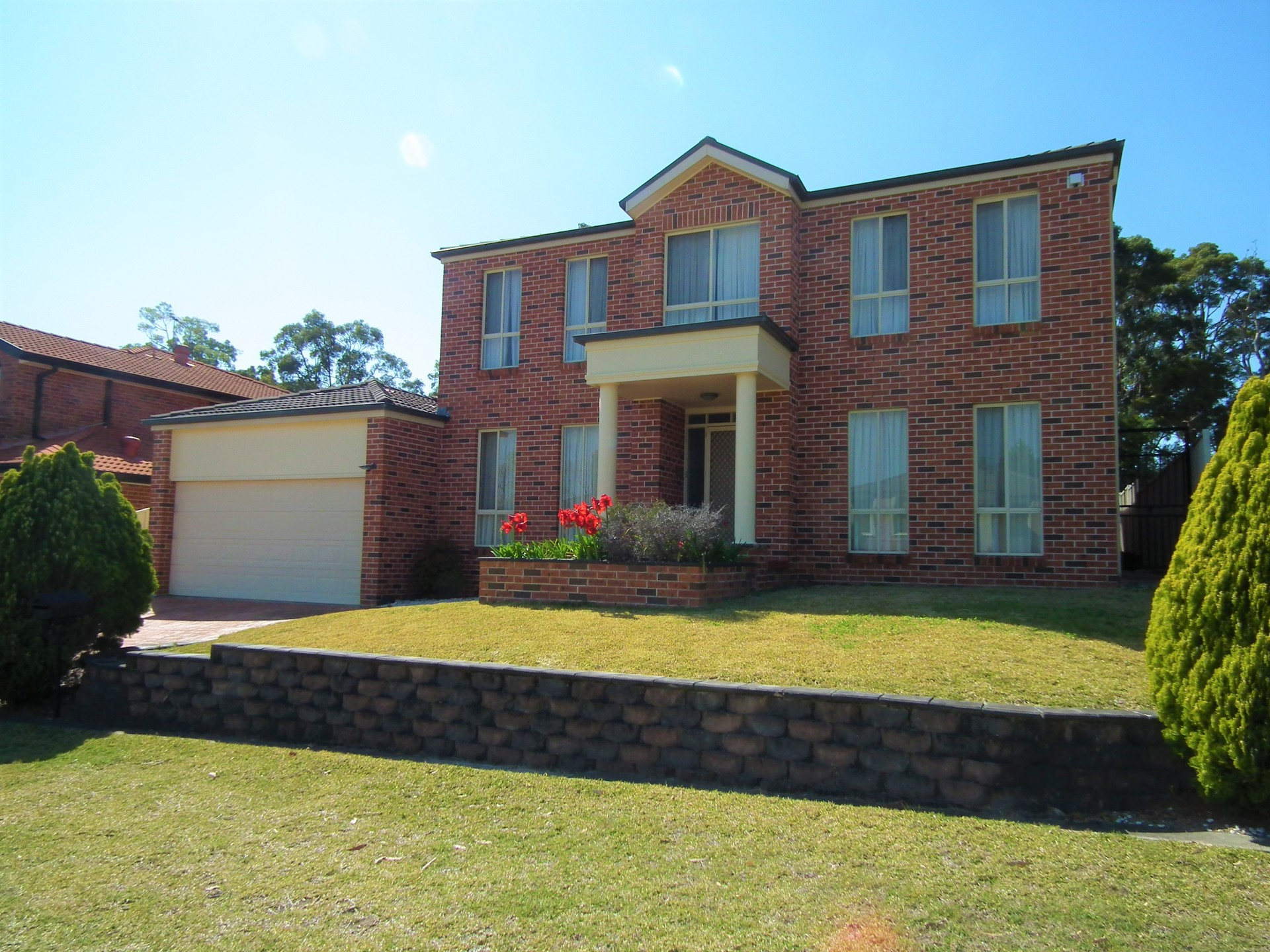 8 Hovea Court, Voyager Point