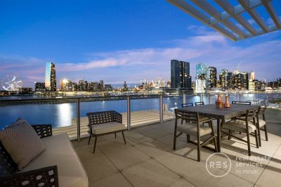 The most coveted waterfront townhouse in Docklands