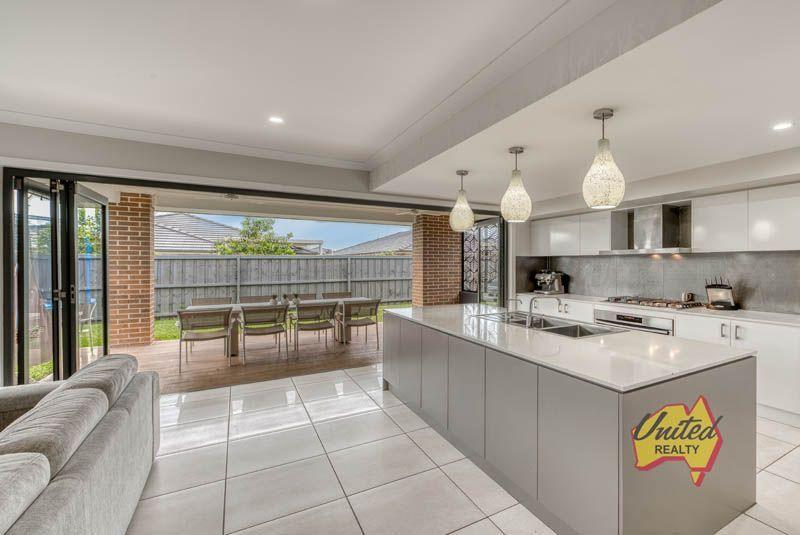 5 Tarrawarra Avenue Gledswood Hills 2557