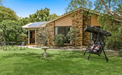 COUNTRY LIVING MINUTES FROM CBD