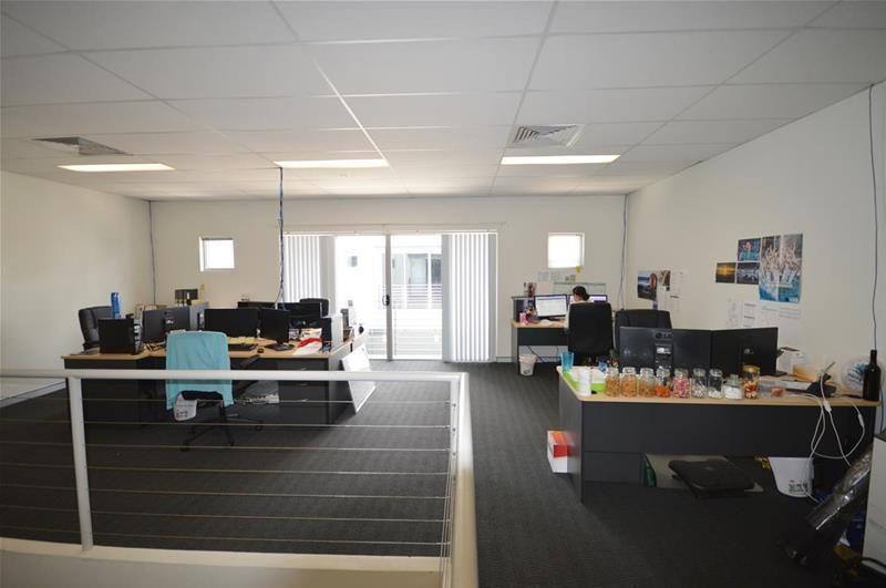 Modern Wickham Office With Parking