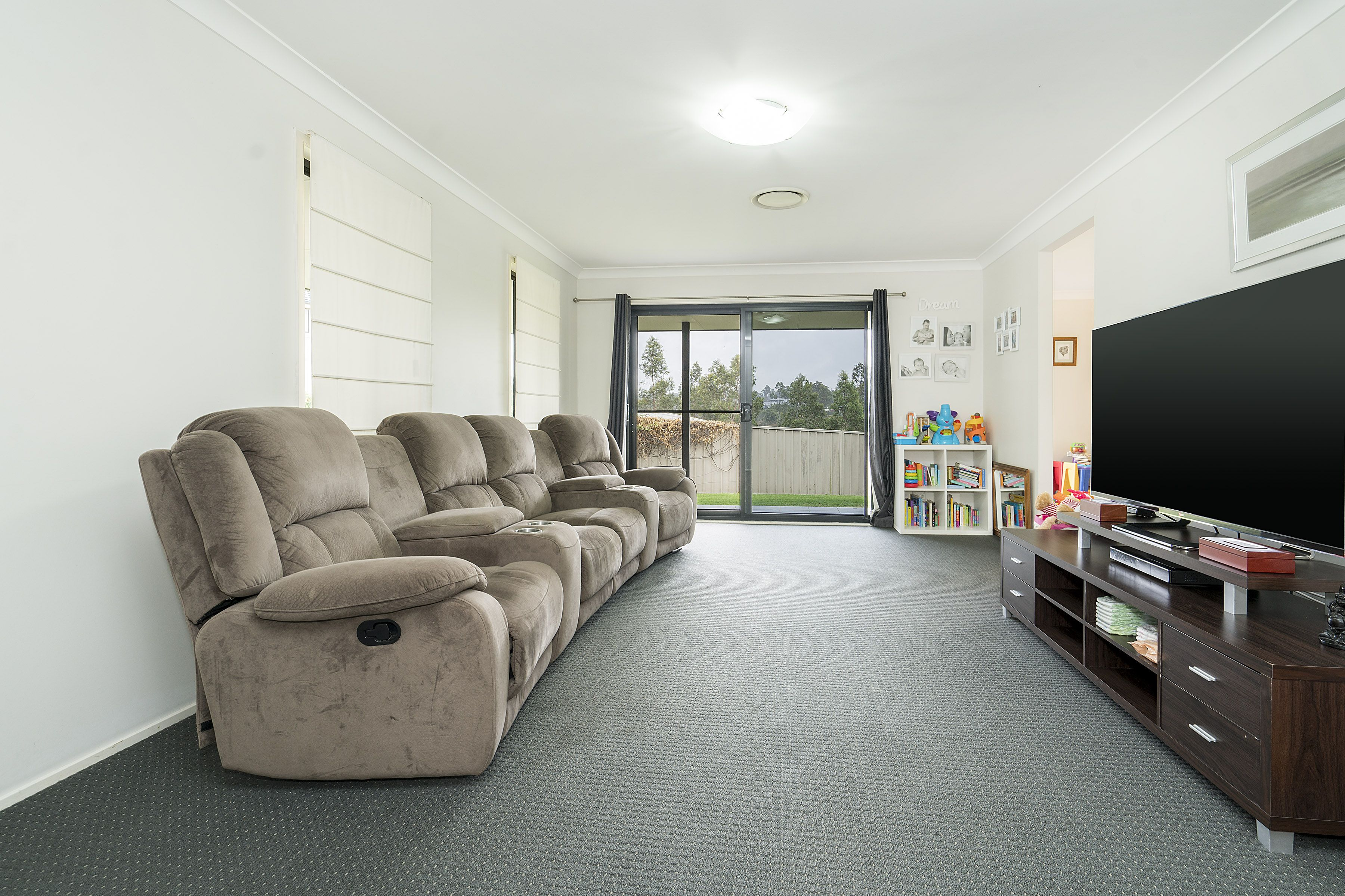 11 James House Close, Singleton
