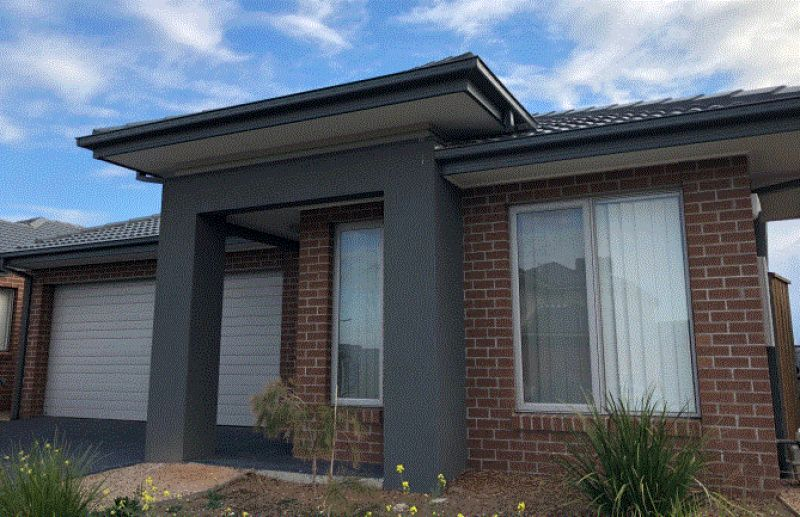 FIRST CLASS TENANT WANTED: Four Bedroom Family Home!