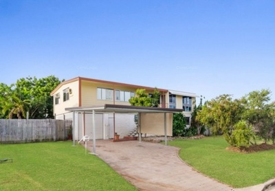 IDEAL SOUGHTAFTER CENTRAL LOCATION. THIS FAMILY HOME OFFERS EXCELLENT POTENTIAL TO HOME OWNERS & INVESTORS.