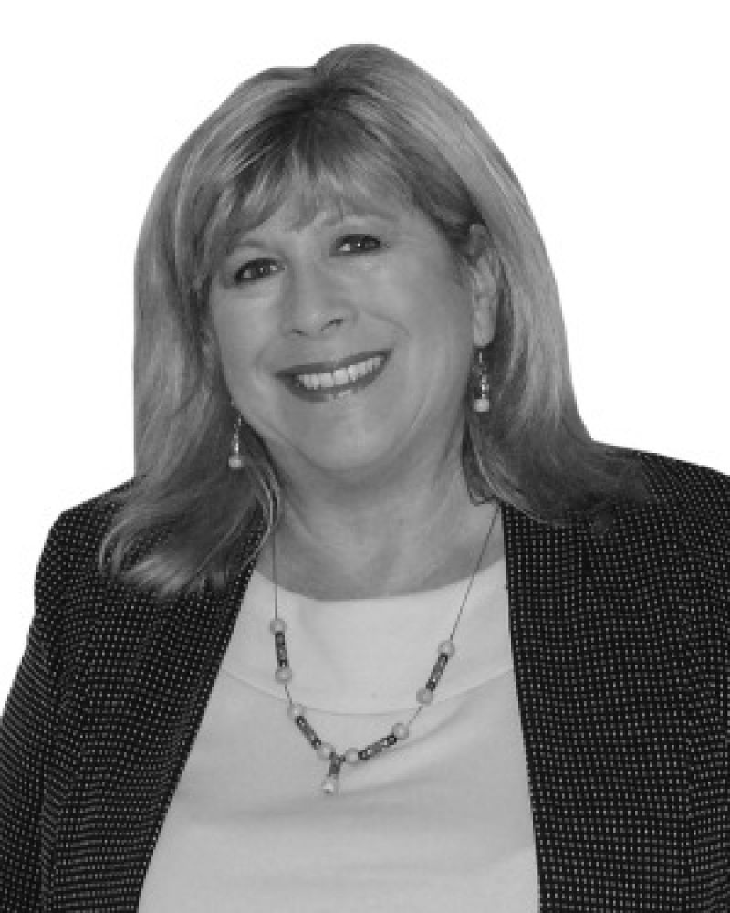 Kerrie  Duval Real Estate Agent