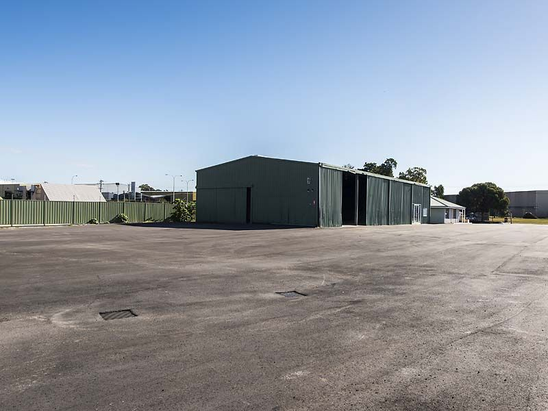 LEASED INVESTMENT BIBRA LAKE