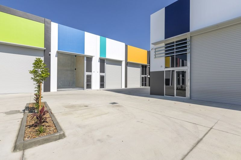 For Lease: AFFORDABLE WAREHOUSING/ STORAGE