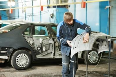 Auto Repair/Panel Beating in East - Ref: 10022