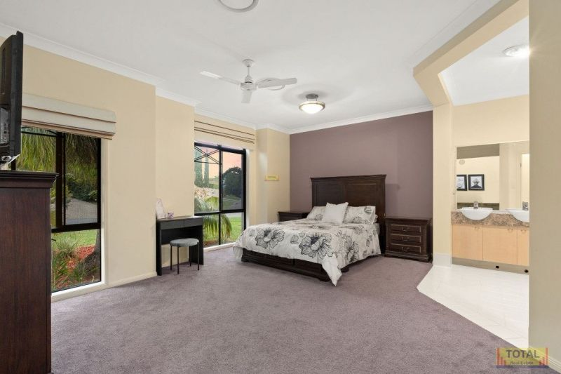 For Sale By Owner: 47 Hunter Circuit, Petrie, QLD 4502