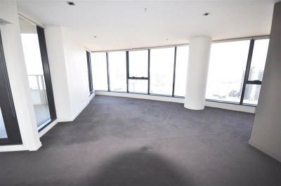 Victoria Point: Sensational Docklands Location With Stunning 33rd Floor Views! L/B