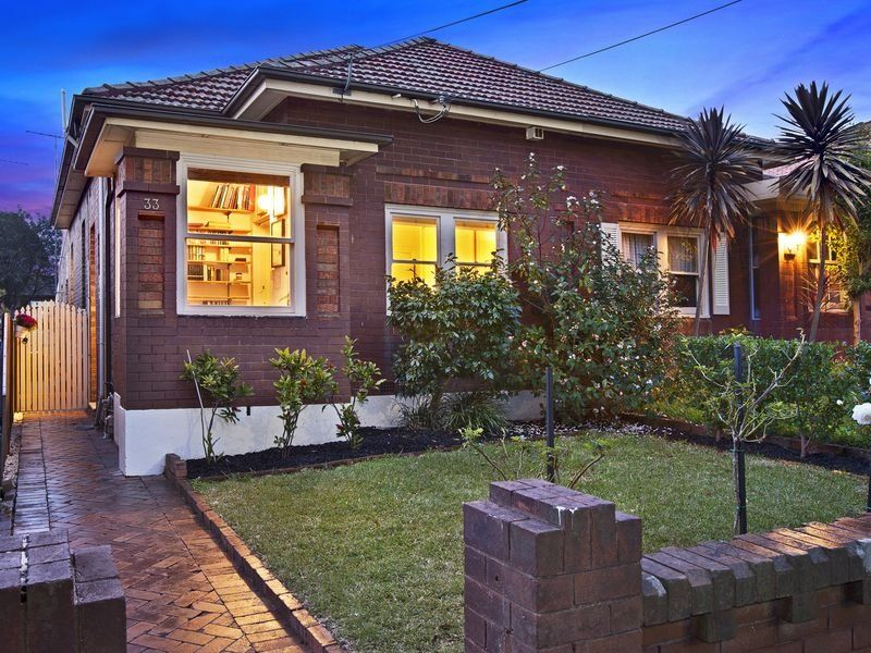 33 Nelson Road North Strathfield 2137