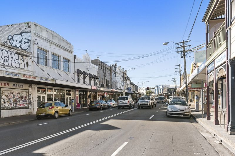 PREMIER CORNER FREEHOLD WITH POTENTIAL