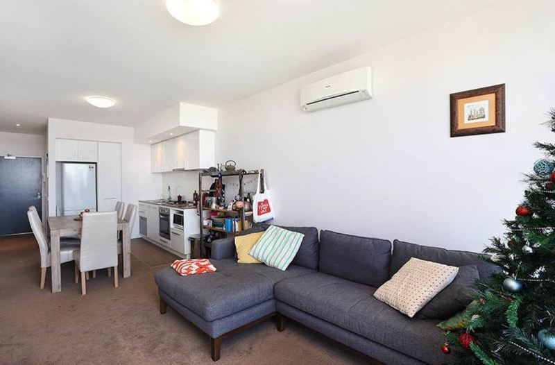 Amazing Two-Bed Unfurnished Apartment with Northly Aspect