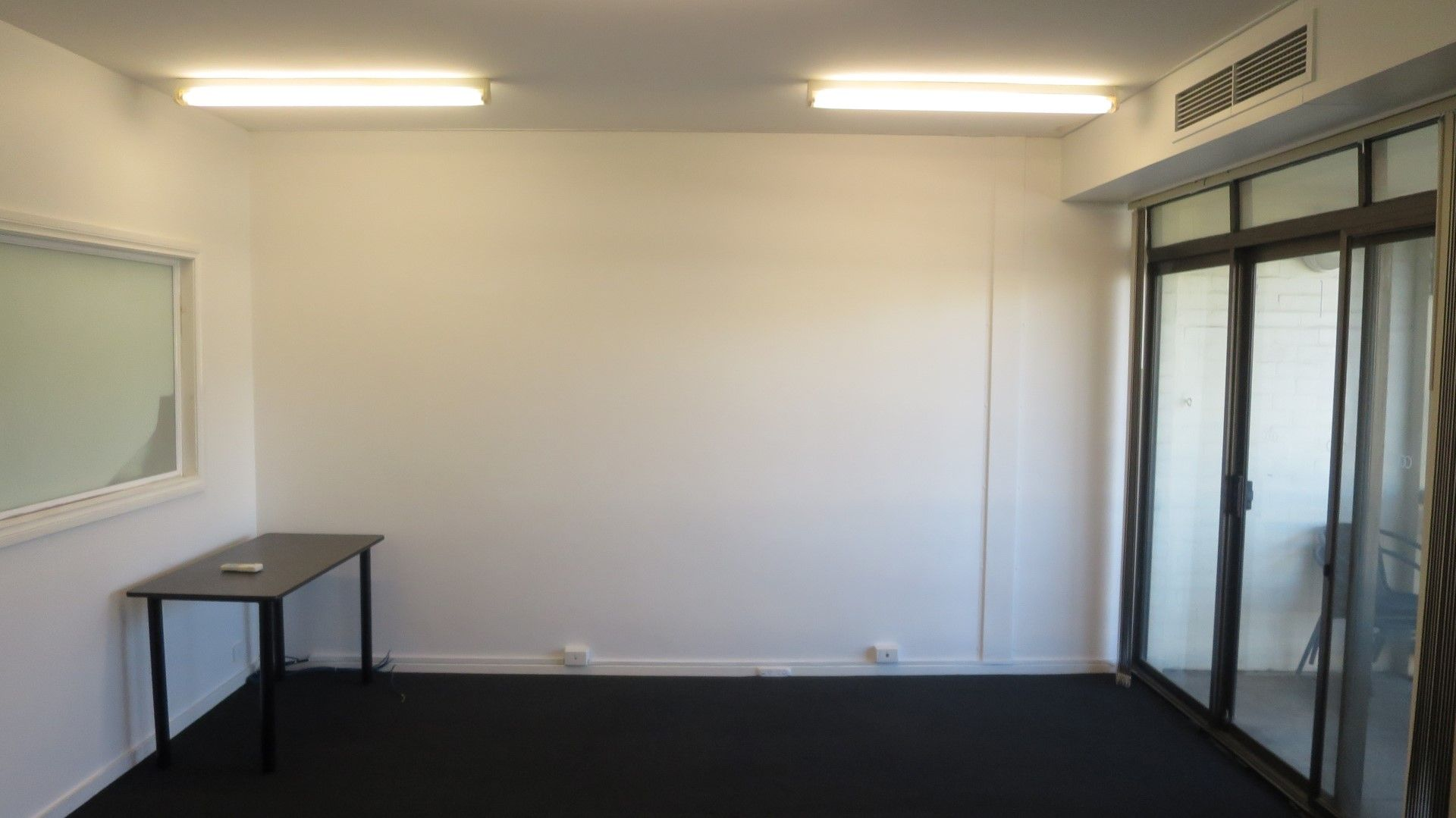 CENTRAL SUBIACO OFFICE BARGAIN RENT OFFERED