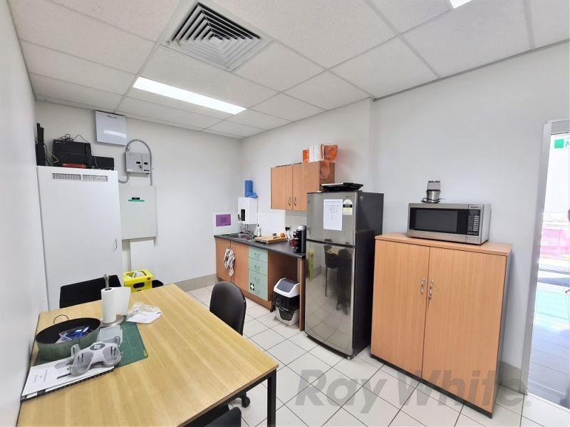 CORPORATE METROPLEX OFFICE/ WAREHOUSE