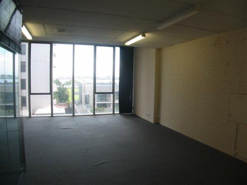 NOW SELLING - 367m², 2nd Floor Strata Office - VACANT POSSESSION
