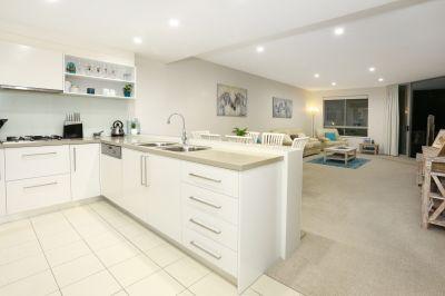 Luxury Ground Floor Spacious Apartment