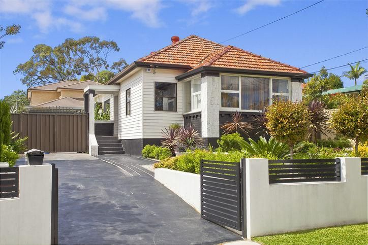 233 Waterloo Road, Greenacre NSW 2190