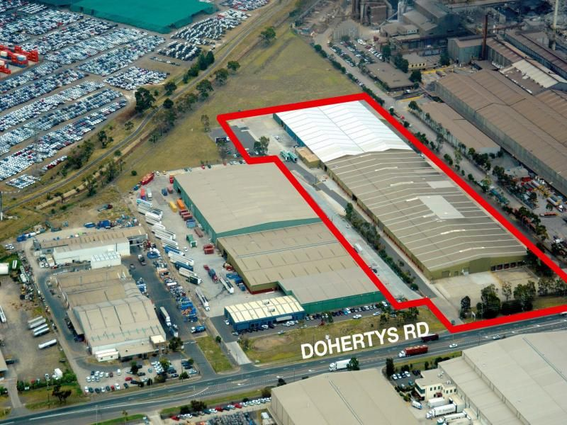 HUGE 23,130m² Warehouse