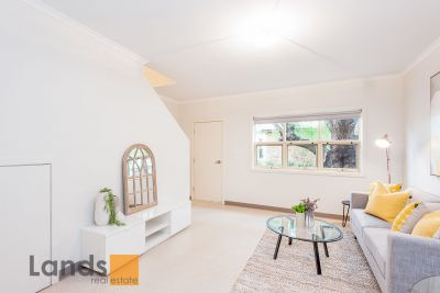 Fantastic Townhouse in Beautiful Location!
