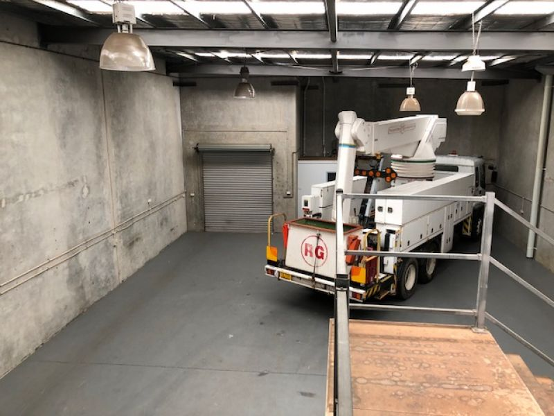 270sqm Multi-functional Unit with Direct Access