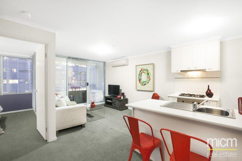 City Condos: 7th Floor - Terrific Central Location!