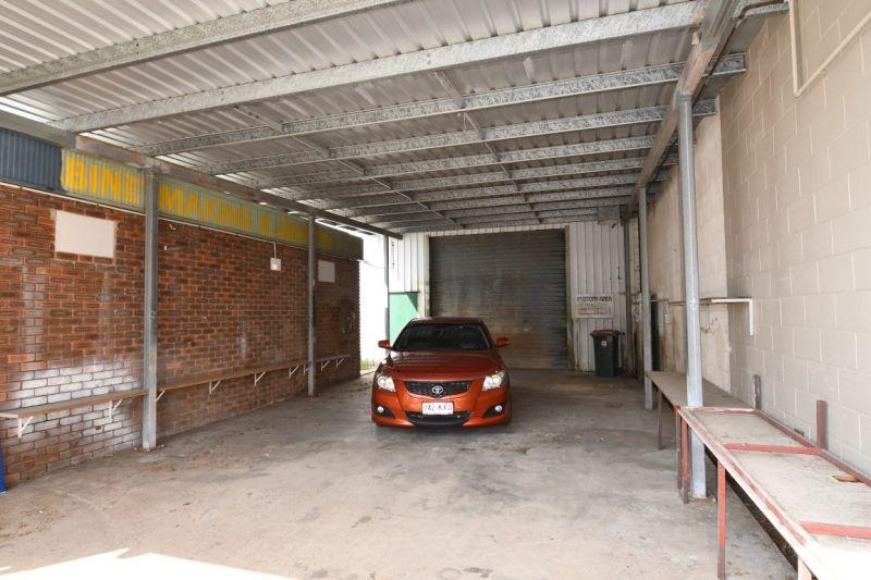 Quality Warehouse on Pilkington Street