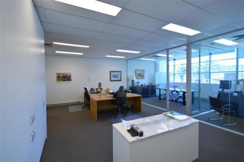 HARBOUR FORESHORE COMMERCIAL INVESTMENT