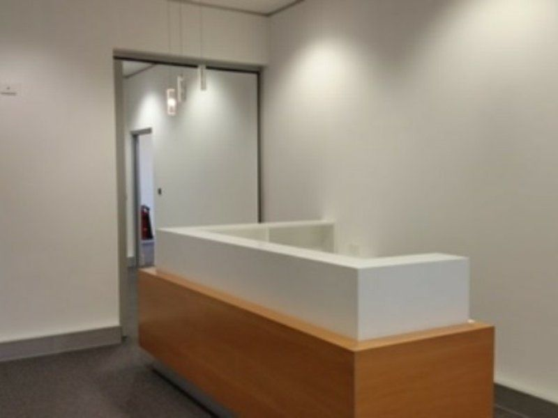 EXCELLENT ERINA OFFICE WITH FITOUT!