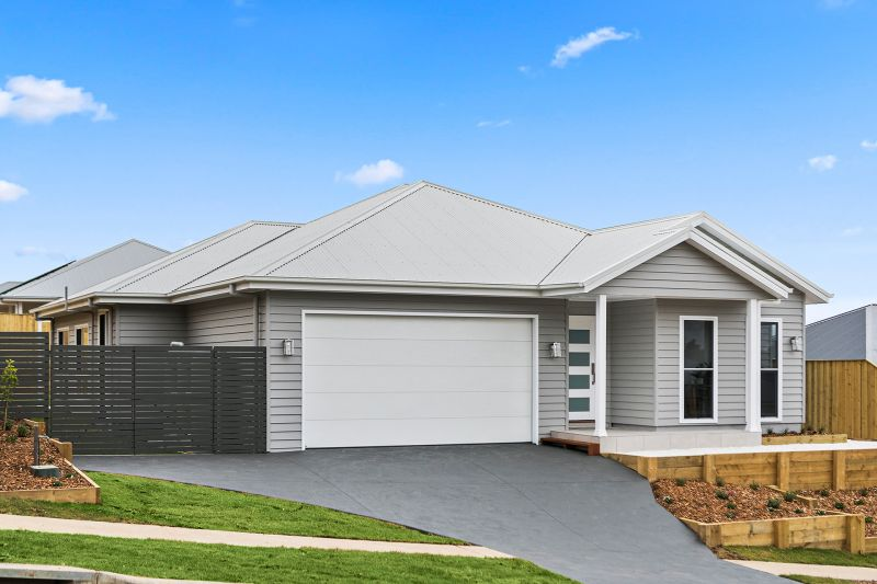 Brand New Contemporary Living with Highlander Touches