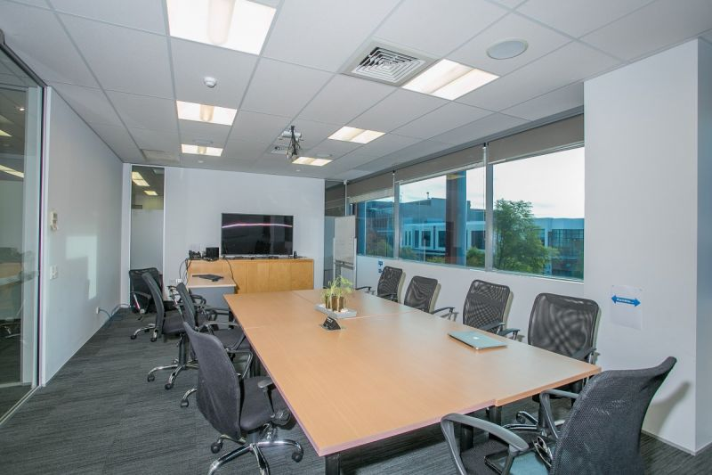 IMMACULATE OFFICE PREMISES