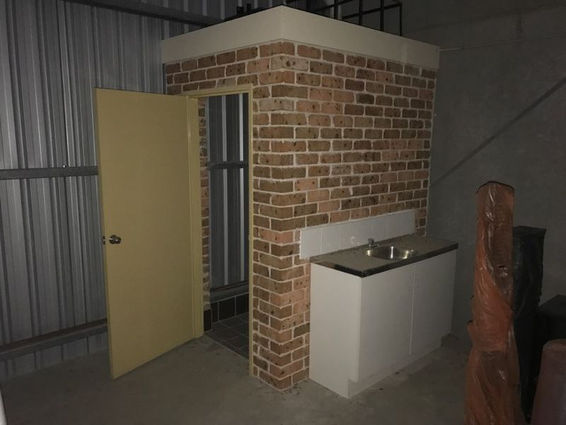 AFFORDABLE MODERN UNIT - 94m2 approx.